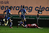 Steffan Evans of the Scarlets ©  scores his teams 1st try. Guinness Pro12 rugby match, Scarlets v Newport Gwent Dragons at the Parc y Scarlets in Llanelli, West Wales on Saturday 8th October 2016.<br /> pic by  Andrew Orchard, Andrew Orchard sports photography.