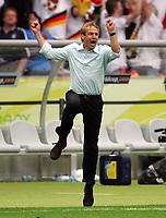 Jubel Bundestrainer Juergen Klinsmann<br /> Fussball WM 2006 Viertelfinale Deutschland - Argentinien<br /> Tyskland - Argentina<br /> Norway only