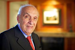 O engenheiro Luís Roberto Andrade Ponte (Fortaleza, 1934), formado pela UFRGS é empresário do ramo da construção civil. Foi secretário estadual de Desenvolvimento Social durante o governo de Germano Rigotto, deputado federal por dois mandatos: entre 1987 e 1991, como constituinte, e no período de 1991 a 1995, assumindo também como suplente durante a legislatura de 1995 a 1999. Foi ministro chefe do Gabinete Civil da Presidência da República no governo José Sarney, de 21 de dezembro de 1989 a 15 de março de 1990. FOTOJefferson Bernardes/Preview.com