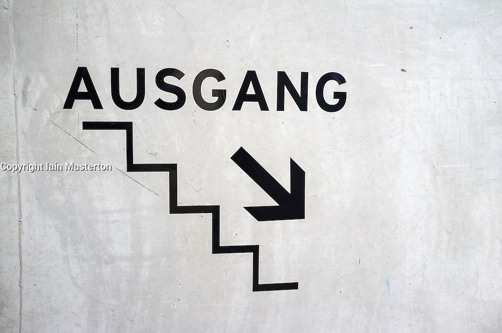 """Ausgang"" -Exit sign in German pointing to stairs"