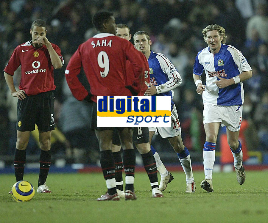 Photo: Aidan Ellis.<br /> Blackburn v Manchester United. Barclays Premiership. 01/02/2006.<br /> Blackburn's Robbie Savage is all smiles as David Bentley makers it 4-1 Whilst Rio nFerdinand cant believe what is happening