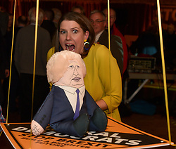 Pictured: Scottish Jo Swinson plays a game of 'topple Boris' at the rally, where she tries to knock a stuffed Boris Johnson doll off with a beanbag.<br /> <br /> Liberal Democrat leader Jo Swinson held a campaign rally in central Edinburgh, where she talked about the party's opposition to independence.<br /> <br /> © Dave Johnston / EEm