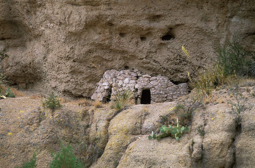 Old cliff dwelling on the San Carlos Apache Indian Reservation, Arizona, USA. June 2004.