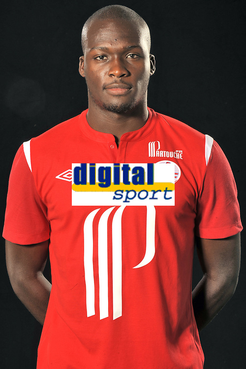FOOTBALL - FRENCH CHAMPIONSHIP 2010/2011 - PHOTOS OFFICIELLES LILLE OSC - 9/07/2010 - PHOTO LILLE OSC / DPPI - MOUSSA SOW