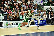 DESCRIZIONE : Campionato 2014/15 Dinamo Banco di Sardegna Sassari - Sidigas Scandone Avellino<br /> GIOCATORE : Adam Hanga<br /> CATEGORIA : Palleggio<br /> SQUADRA : Sidigas Scandone Avellino<br /> EVENTO : LegaBasket Serie A Beko 2014/2015<br /> GARA : Dinamo Banco di Sardegna Sassari - Sidigas Scandone Avellino<br /> DATA : 24/11/2014<br /> SPORT : Pallacanestro <br /> AUTORE : Agenzia Ciamillo-Castoria / M.Turrini<br /> Galleria : LegaBasket Serie A Beko 2014/2015<br /> Fotonotizia : Campionato 2014/15 Dinamo Banco di Sardegna Sassari - Sidigas Scandone Avellino<br /> Predefinita :