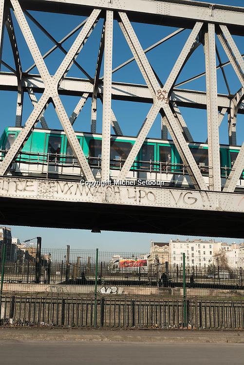 Paris 18th district.  Boulevard de la Chapelle elevated subway  metro line / Barbes, le metro aerien