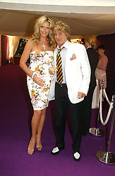 PENNY LANCASTER and ROD STEWART at theThe Summer Ball in Berkeley Square , Londin W1 in aid of the Prince's Trust on 6th July 2006.<br /><br />NON EXCLUSIVE - WORLD RIGHTS