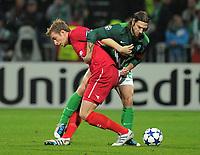 Fotball , 2. november 2010 , Champions League , SV Werder Bremen - Twente Enschede<br /> <br /> v.l. Marc Janko , Torsten Frings (Werder)<br /> <br /> <br /> <br /> Norway only