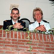 Jeugdagenten politie Gooi & Vechtstreek Lidya Romeijn + Henk van den Dikkenberg
