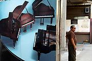 Piano Shop, Phrom Pong