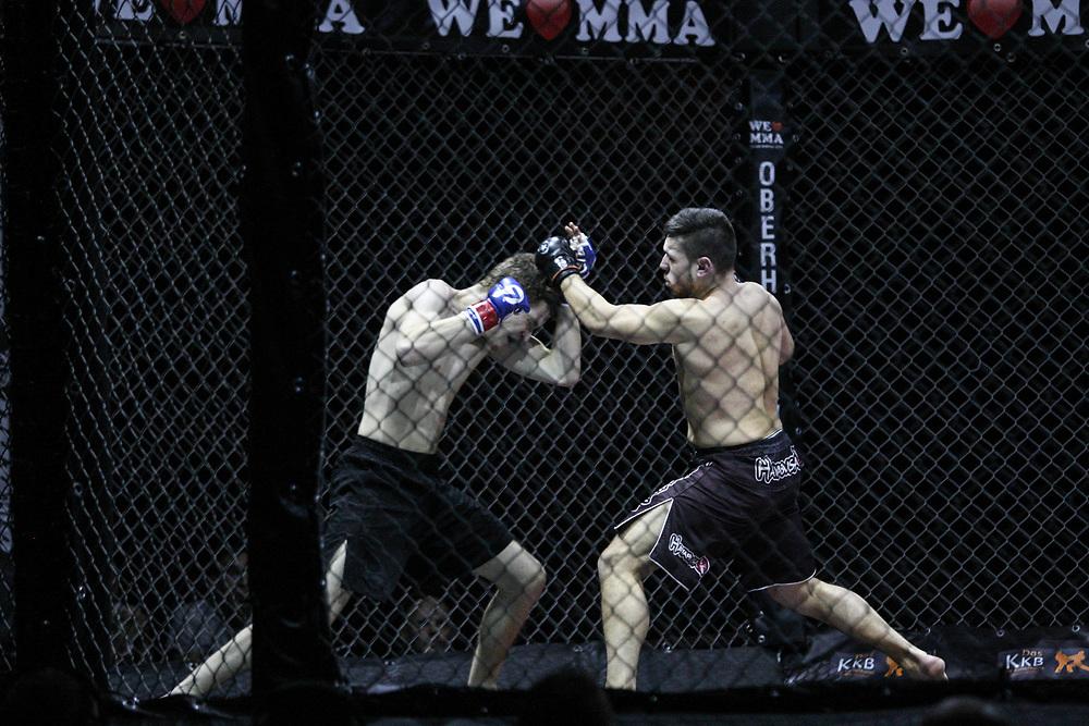 Kampfsport: MMA, We love MMA, Oberhausen, 31.01.2015<br /> Tim Hamann (Combat Club Cologne, l.) - Tolga Oezguen (Fight Center Siegen)<br /> © Torsten Helmke