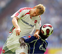 v.l. Andreas Wolf , Gerald Asamoah Schalke<br /> Bundesliga FC Schalke 04 - 1. FC Nuernberg<br /> Nürnberg<br /> <br /> Norway only