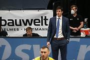 Basketball: Deutschland, 1. Bundesliga, Hamburg Towers -  EWE Baskets Oldenburg, Hamburg, 14.04.2021<br /> Trainer Pedro Calles (Towers)<br /> © Torsten Helmke