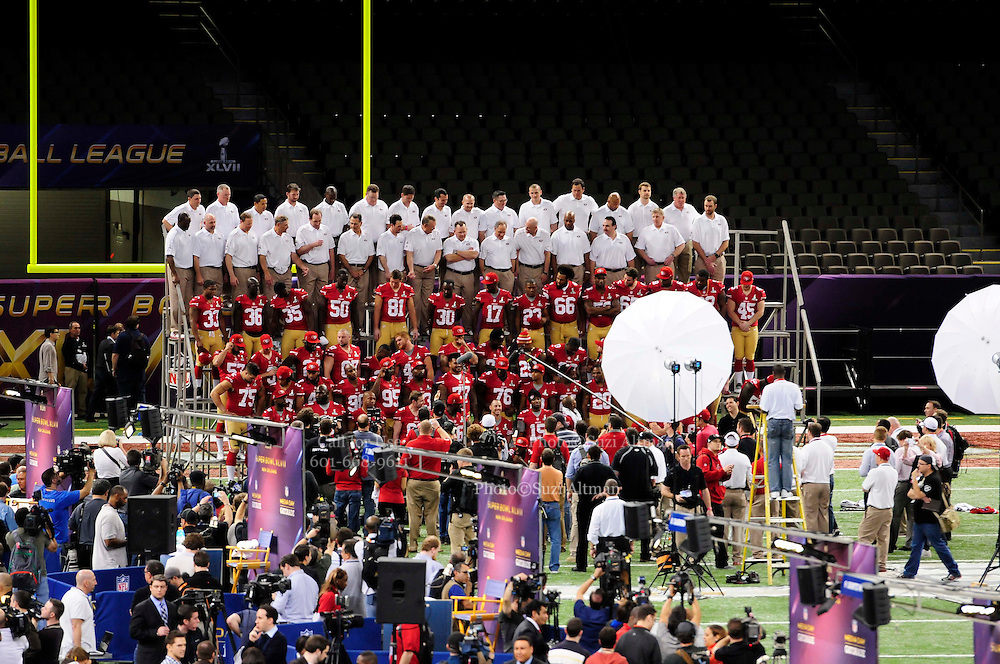 1/29/13 New Orleans -San Francisco 49er's team photo op at the Mercedes Benz Super Dome at Media Day for Super Bowl XLV11.the NFC champion San Francisco 49ers's and the AFC Champions  Baltimore Ravens  prior to Super Bowl XLV11 in New Orleans. Photo©Suzi Altman