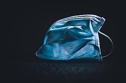 THEMENBILD - OP Maske, Medizinischer Mund- und Nasenschutz, es wird in Österreich verpflichtend - mindestens diese Masken bei einem Einkauf zu tragen, aufgenommen am 31. März 2020 während der Coronavirus Krise in Kaprun, Österreich // OP mask, medical mouth and nose protection, it will be obligatory in Austria - to wear these masks when shopping during the Coronavirus Crisis in Kaprun, Austria on 2020/03/31. EXPA Pictures © 2019, PhotoCredit: EXPA/ JFK