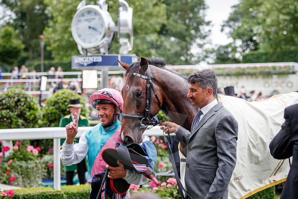Calyx (Frankie Dettori) wins The Coventry Stakes Gr.2 at Royal Ascot, 19/06/2018, photo: Zuzanna Lupa