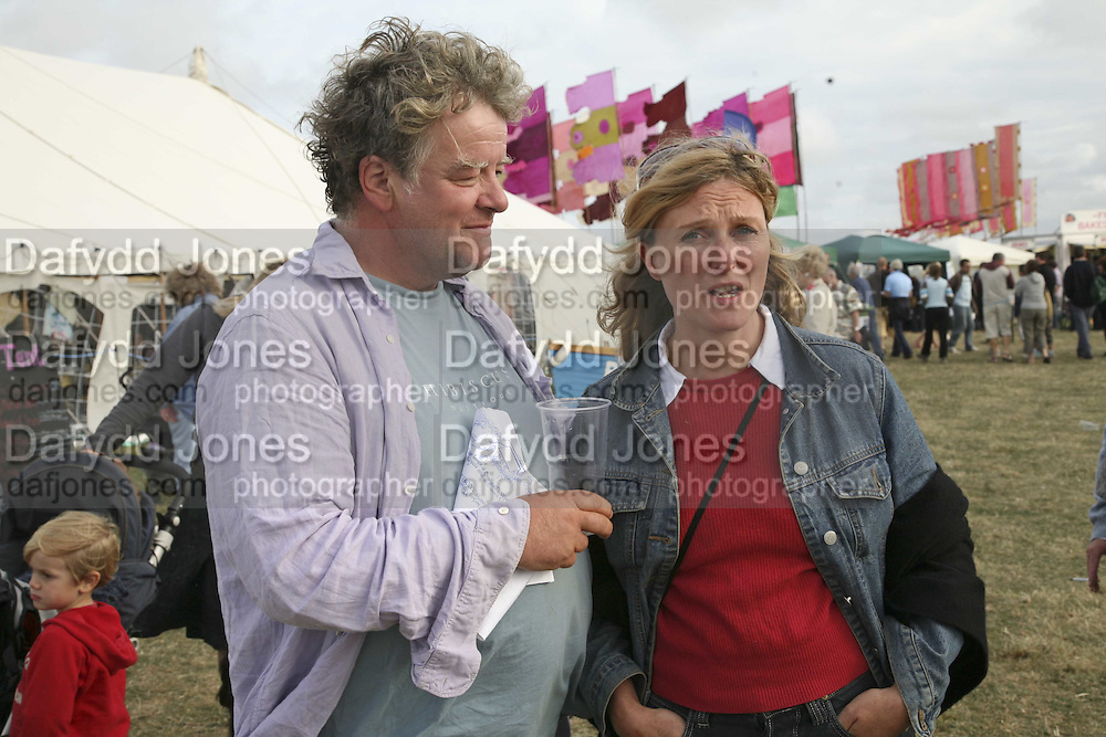 Julian and Isabel Bannerman, The Cornish Birthday party to Celebrate John Betjeman's Centenary. Carruan Farm. Polzeath. Conrwall. In aid of the new Padstow Lifeboat Station. 28 August 2006. ONE TIME USE ONLY - DO NOT ARCHIVE  © Copyright Photograph by Dafydd Jones 66 Stockwell Park Rd. London SW9 0DA Tel 020 7733 0108 www.dafjones.com