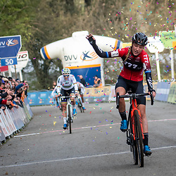 17-11-2019: Wielrennen: Veldrijden DVV cross: Hamme  Annemarie Worst wins in Hamme ahead of  Sanne Cant