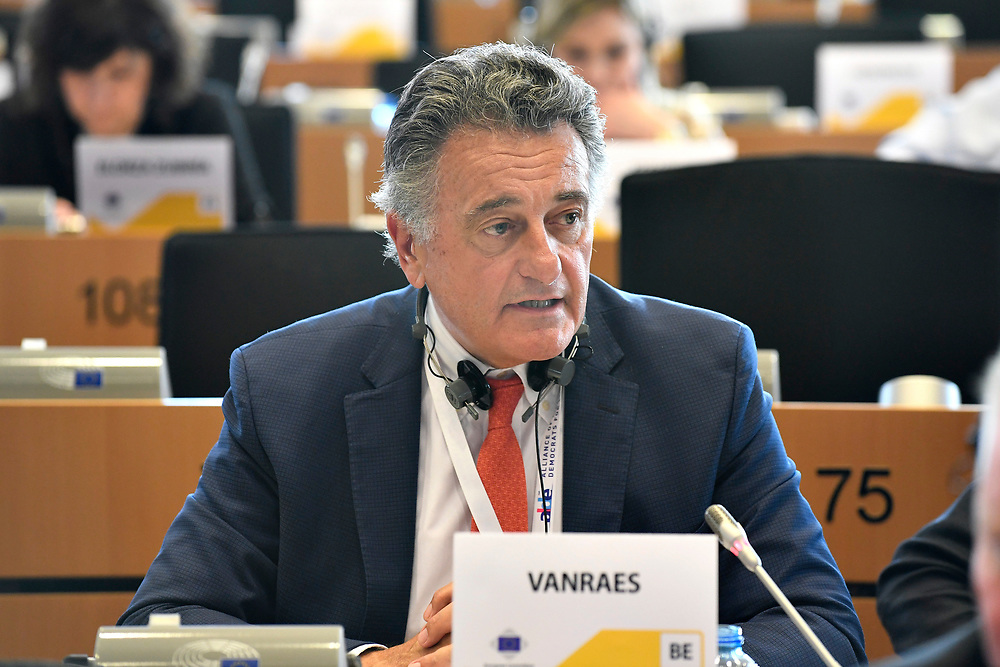 12 May 2017, 123rd Plenary Session of the European Committee of the Regions <br /> Belgium - Brussels - May 2017 <br /> <br /> VANRAES Jean-Luc <br /> © European Union / Fred Guerdin