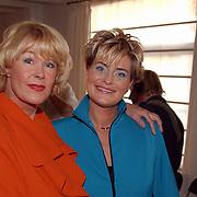 Modeshow Sheila de Vries, Sheila de Vries en Vivanne Boele