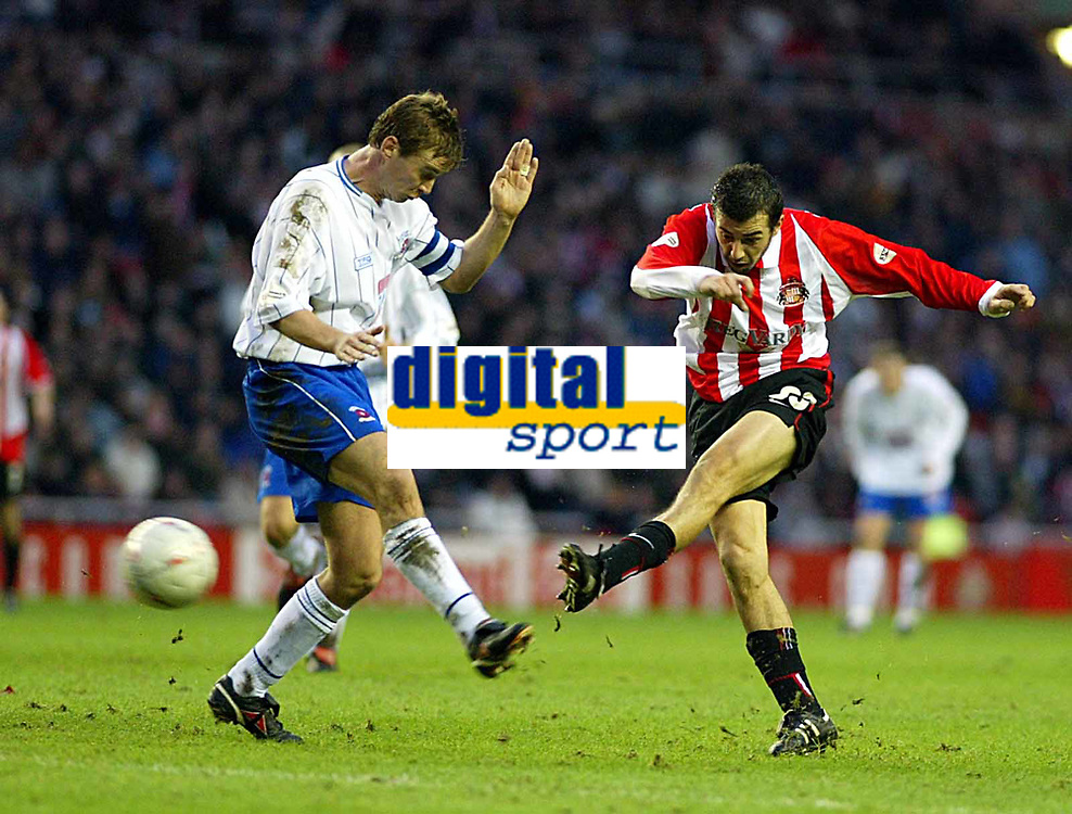 SATURDAY 3RD JANUARY 2004<br /> SUNDERLAND V HARTLEPOOL FA CUP 3RD ROUND<br /> PIC SCOTT HEPPELL-SPORTSBEAT IMAGES<br /> JULIO ARCA SENDS THE BALL CRASHING IN THE BACK OF THE NET TO GIVE SUNDERLAND THE WIN AGAINST HARTLEPOOL