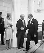 1973 - President Childers At Áras an Uachtaráin.    (F26)