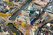 Nederland, Friesland, Leeuwarden, 04-11-2018; Leeuwarden (Ljouwert) met straten en grachten, onder andere Willemskade, Beursplein (Rabobank), Zuider stadsgracht, Zaailand, Wirdumerdijk.<br /> Leeuwarden city centre<br /> <br /> luchtfoto (toeslag op standaard tarieven);<br /> aerial photo (additional fee required);<br /> copyright © foto/photo Siebe Swart