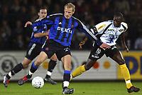 Fotball<br /> Belgia 2004/05<br /> Lokeren v Club Brugge<br /> 17. oktober 2004<br /> Foto: Digitalsport<br /> NORWAY ONLY<br /> RUNE LANGE - DIALLO MAMDOU