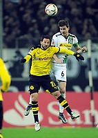 Fotball<br /> Tyskland<br /> 23.01.2016<br /> Foto: Witters/Digitalsport<br /> NORWAY ONLY<br /> <br /> v.l. Gonzalo Castro, Håvard Nordtveit (Gladbach)<br /> <br /> Moenchengladbach, 23.01.2016, Fussball Bundesliga, Borussia Mönchengladbach - Borussia Dortmund