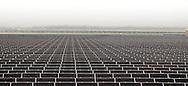 Mendota, California, USA, 15th February 2010: The CalRENEW-1 Mendota Solar Project is California's first utility-scale photovoltaic solar farm generating 5MW of emmission free solar electricity..Photo: Joseph Feil