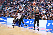 Penna<br /> Kontatto Fortitudo Bologna vs Segafredo Virtus Bologna<br /> Campionato Basket LNP 2016/2017<br /> Bologna 14/04/2017<br /> Foto Ciamillo-Castoria/A. Gilardi