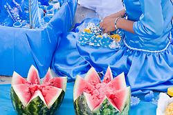Montevideu, Uruguai    02/Fev/2006.Festa de Iemanja na Playa Ramirez, em Montevideu/ Devotees of the Afro-Brazilan  sea-goddess, Yemanja, during the celebrate day.Foto Adri Felden/Argosfoto