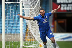 Conor Washington of Peterborough United celebrates scoring his first goal of the game - Mandatory byline: Joe Dent/JMP - 07966 386802 - 28/11/2015 - FOOTBALL - Glanford Park - Scunthorpe, England - Scunthorpe United v Peterborough United - Sky Bet League One