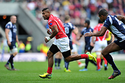 Pte Jonasa Bulumakau of the Army goes on the attack - Photo mandatory by-line: Patrick Khachfe/JMP - Mobile: 07966 386802 09/05/2015 - SPORT - RUGBY UNION - London - Twickenham Stadium - Army v Royal Navy - Babcock Trophy