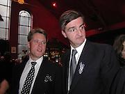 Eric Dettelheim and Robin Birley. Referendum party poker evening. LEquipe Anglais. Duke St. 20 May 2002. © Copyright Photograph by Dafydd Jones 66 Stockwell Park Rd. London SW9 0DA Tel 020 7733 0108 www.dafjones.com