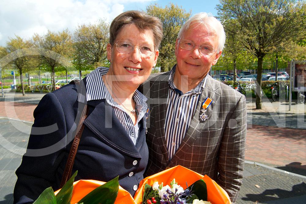 HARDENBERG - Koninklijke Onderscheiding<br /> Echtpaar Gerry en Willem Rijkaart.<br /> Lid in de `orde van Oranje Nassau.<br /> FFU PRESS AGENCY COPYRIGHT FRANK UIJLENBROEK