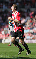 Photo. Andrew Unwin, Digitalsport<br /> NORWAY ONLY<br /> .<br /> Sunderland v Crewe Alexandra, Nationwide League Division One, Stadium of Light, Sunderland 01/05/2004.<br /> The pain is clear on the face of Sunderland's Jason McAteer after a tangle.