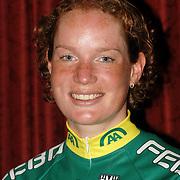 NLD/Alphen aan de Rijn/20060308 - Presentatie nieuwe wielerploeg Leontien van Moorsel, AA Drink Cycling team, Kirsten Wild