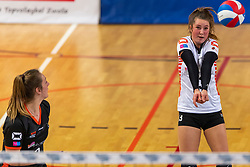 02-02-2019 NED: Regio Zwolle Volleybal - Sliedrecht Sport, Zwolle<br /> Round 16 of Eredivisie volleyball - Sliedrecht win the match 3-2 / Bjorna Gras #13 of Zwolle