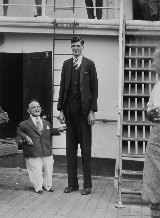 Giant and Dwarf, Lias Circus Troupe, Australia, 1930