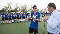 AMSTELVEEN - Het team van Lorentz Casimir Lyceum uit Eindhoven , dat de finale won bij de Jongens Oud . Finales Nederlands Kampioenschap Schoolhockey 2014. FOTO KNHB/KOEN SUYK