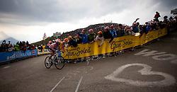 21.05.2011, Monte Zoncolan, ITA, Giro d´ Italia 2011, 14. Etappe, Lienz - Monte Zoncolan, im Bild Alberto Contador (ESP) Saxo Bank Sungard // Alberto Contador (ESP) Saxo Bank Sungard during the Giro d´ Italia 2011, Stage 14, Lienz - Monte Zoncolan, Italy, 2011-05-21, EXPA Pictures © 2011, PhotoCredit: EXPA/ J. Feichter