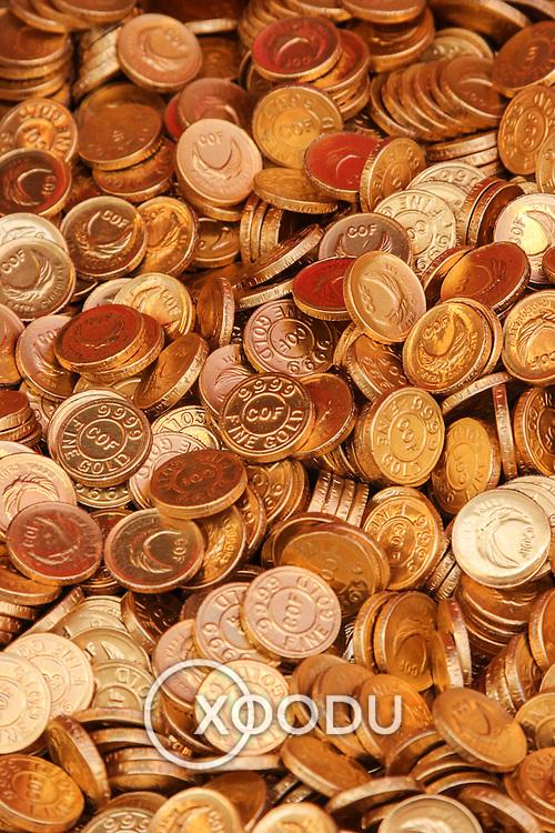 Gold coins chocolate, Hong Kong, China (January 2006)