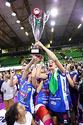11-05-2017 ITA: Finale Liu Jo Modena - Igor Gorgonzola Novara, Modena<br /> Novara heeft de titel in de Italiaanse Serie A1 Femminile gepakt. Novara was oppermachtig in de vierde finalewedstrijd. Door een 3-0 zege is het Italiaanse kampioenschap binnen. / CHIRICHELLA CRISTINA<br /> <br /> ***NETHERLANDS ONLY***