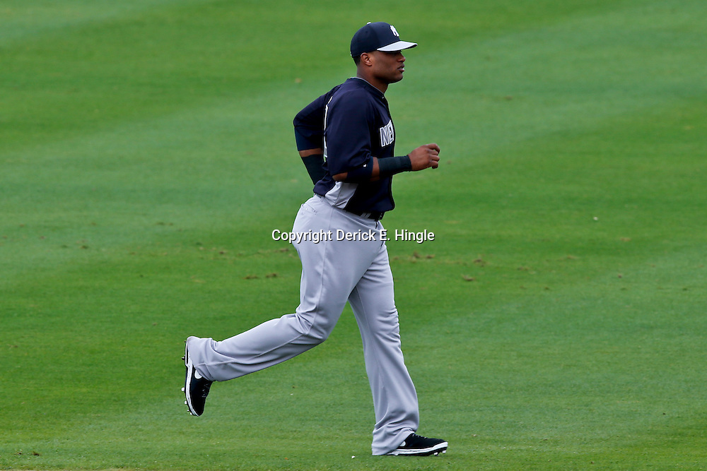 Feb 26, 2013; Clearwater, FL, USA; New York Yankees second baseman Robinson Cano (24) against the Philadelphia Phillies before a spring training game at Bright House Field. Mandatory Credit: Derick E. Hingle-USA TODAY Sports