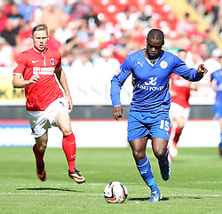 Leicester City's Jeffrey Schlupp carries the ball  - Photo mandatory by-line: Robin White/JMP - Tel: Mobile: 07966 386802 31/08/2013 - SPORT - FOOTBALL - The Valley - Charlton - Charlton Athletic V Leicester City - Sky Bet Championship