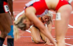 08-07-2016 NED: European Athletics Championships day 3, Amsterdam<br /> Een beroerde Nadine Broersen na de 200 meter