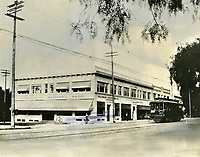 1910 The Hollywood National Bank on the SW corner of Hollywood Blvd. & Cahuenga Ave.