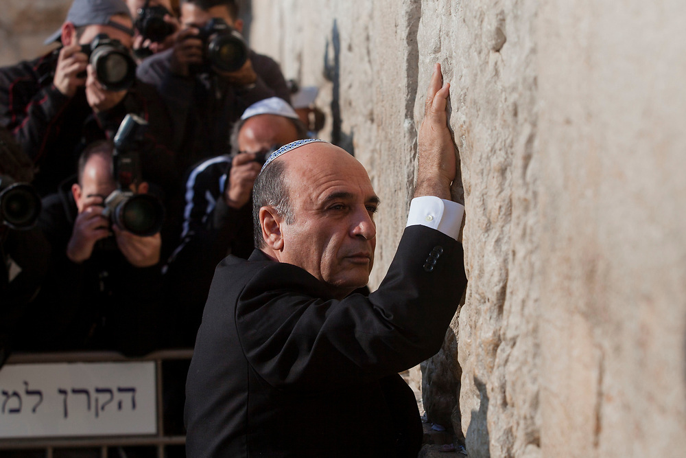 Israeli lawmaker, Knesset Member Shaul Mofaz, the newly elected leader of Israel's largest opposition party Kadima, visits the Western Wall, Judaism's holiest prayer site, in Jerusalem's Old City, on March 28, 2012.