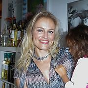 NLD/Amsterdam/20120718 - Boekpresentatie Regina Romeijn 'Vet man, zo'n baby!', Marit van Bohemen